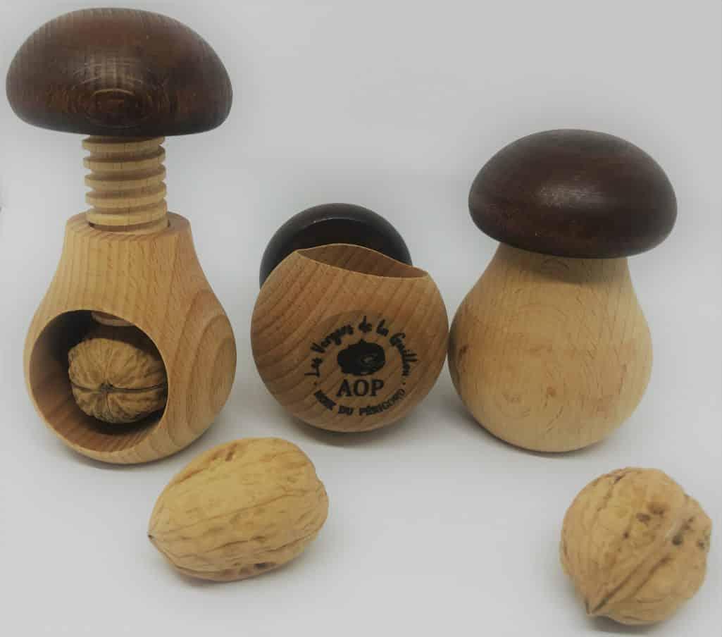 Casse noix champignon fabrication artisanale en bois massif - Casse noix en bois ...